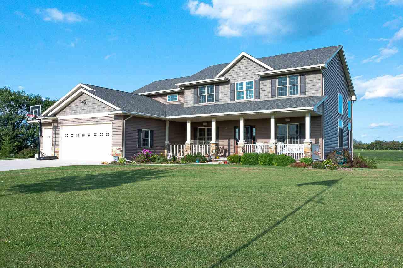 View Single-Family Home For Sale at 6995 ELMRO ROAD, Greenleaf, WI