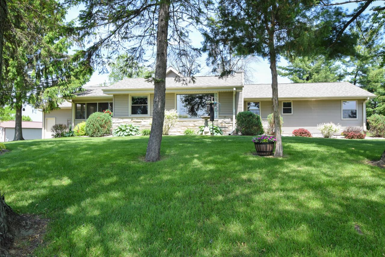 View Single-Family Home For Sale at 22020 7 Mile W Rd, Franksville, WI