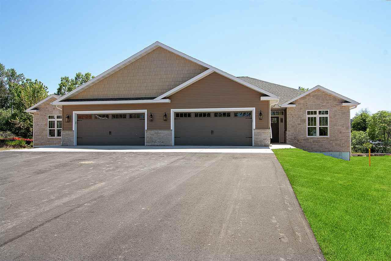 View Condo For Sale at 606 OLDE RIVER COURT, Green Bay, WI