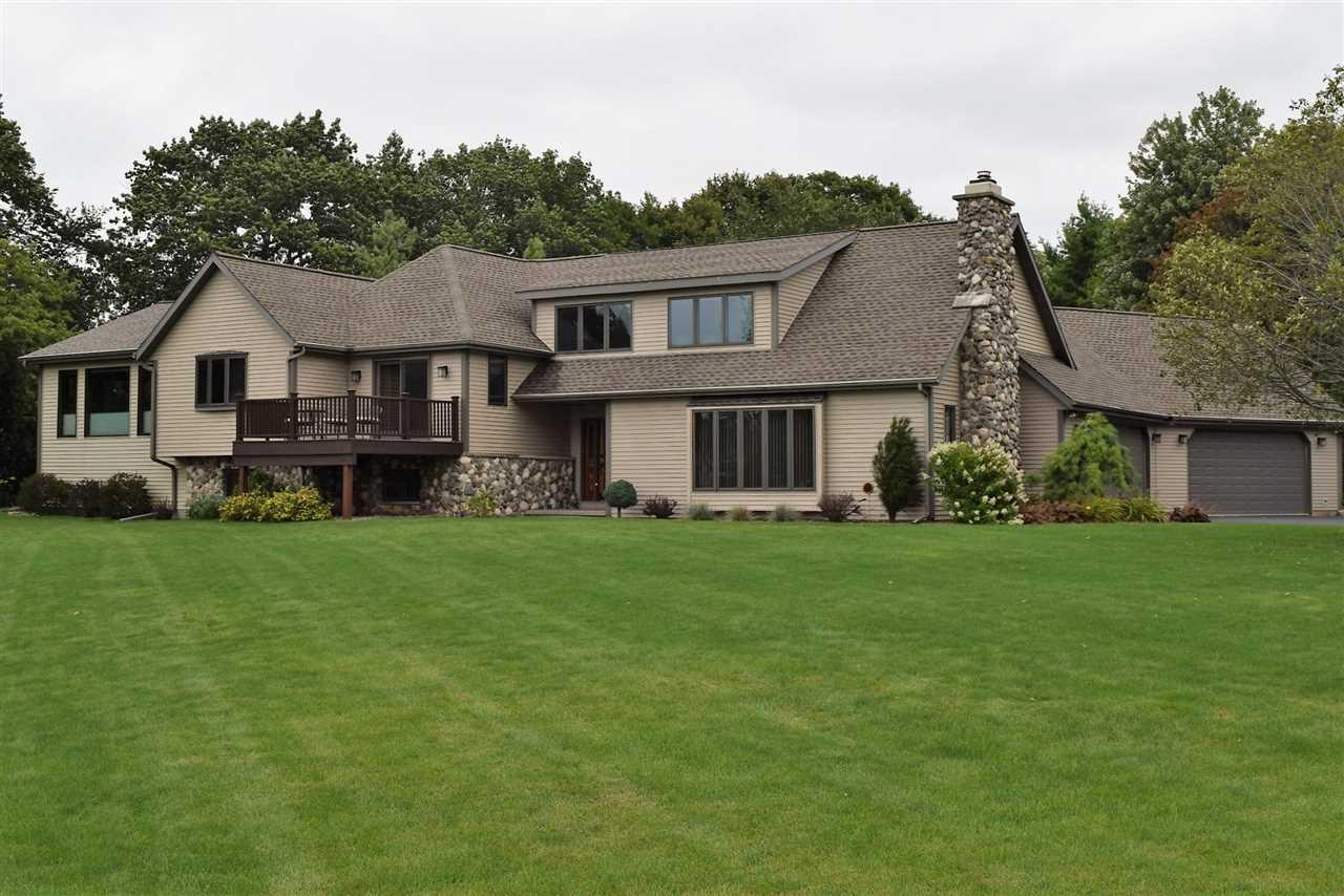 View Single-Family Home For Sale at N7815 LEDGEVIEW SPRINGS DRIVE, Fond Du Lac, WI
