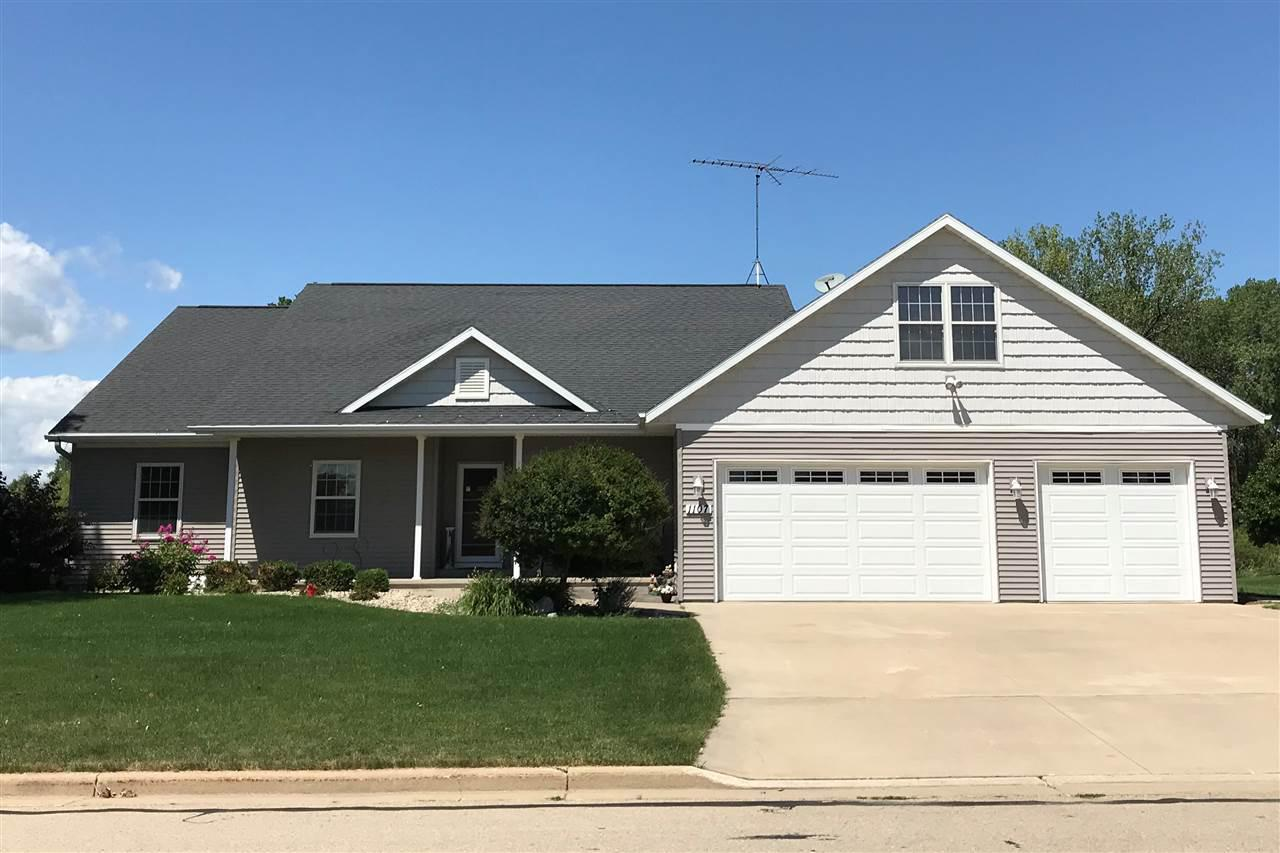 View Single-Family Home For Sale at 1107 TWIN HARBOR DRIVE, Winneconne, WI