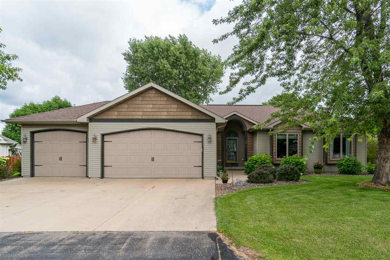 View Single-Family Home For Sale at W2378 SNOWBERRY DRIVE, Appleton, WI