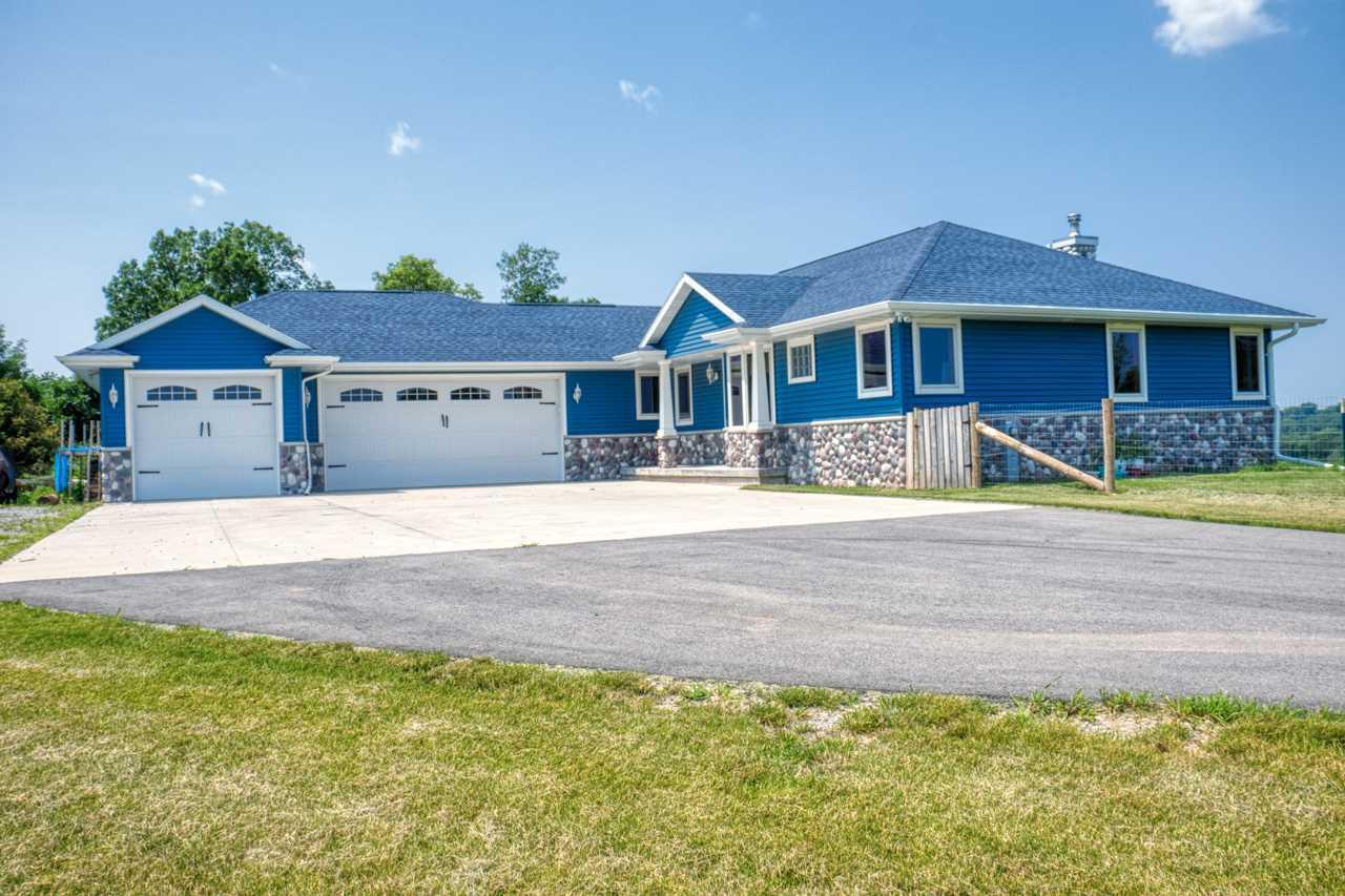View Single-Family Home For Sale at W1022 HWY ZZ, Kaukauna, WI