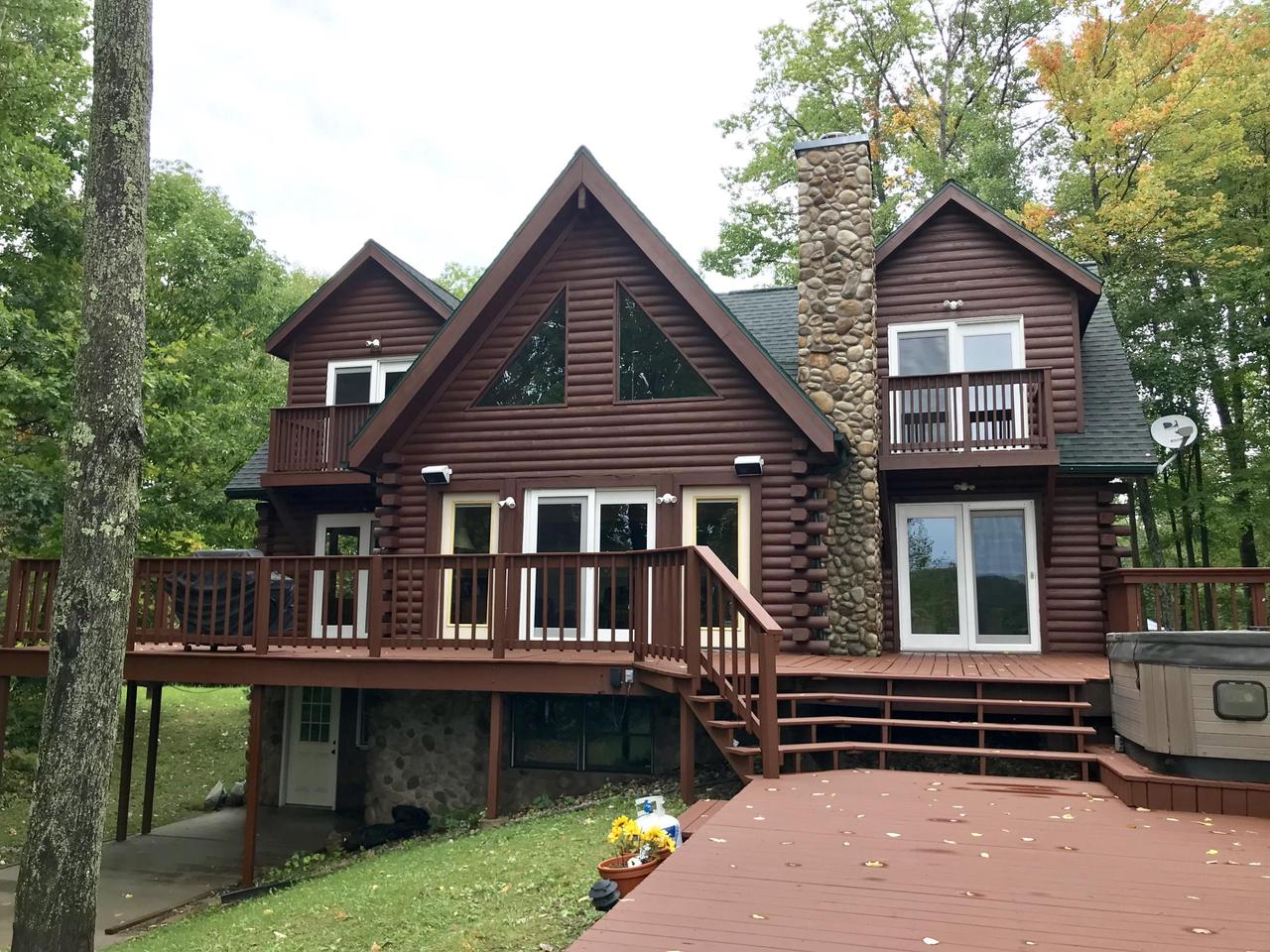 View Single-Family Home For Sale at N5756 Parkway Rd, Pound, WI