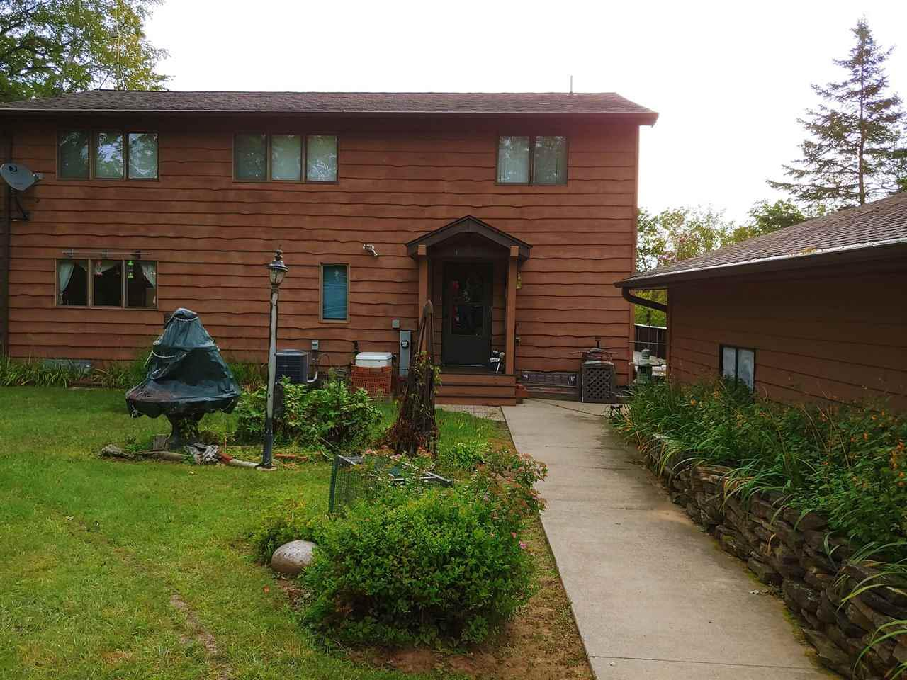 View Single-Family Home For Sale at N11580 SWALLOW LANE, Silver Cliff, WI
