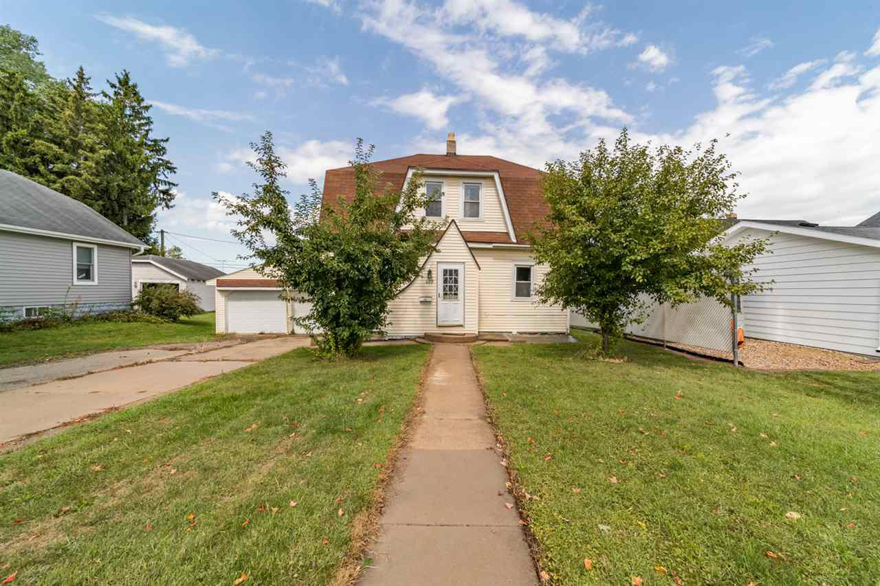 View Single-Family Home For Sale at 609 W COOK STREET, New London, WI