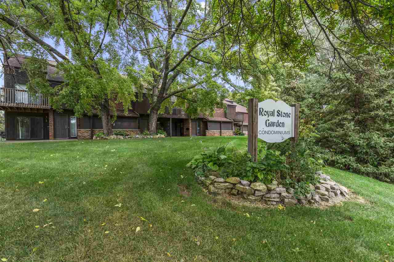 View Condo For Sale at 202 ROYAL COURT #6, Appleton, WI
