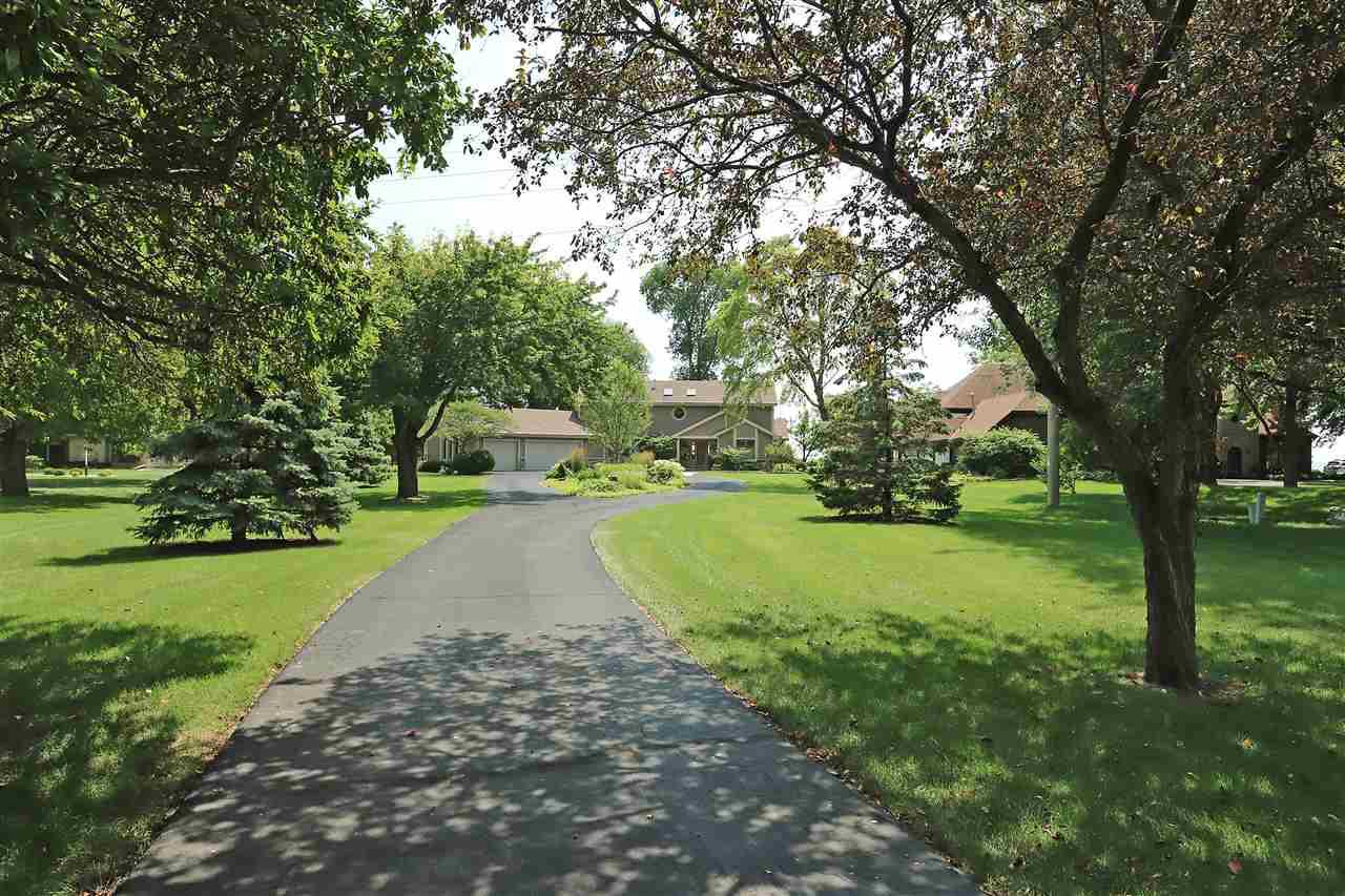 View Single-Family Home For Sale at 1509 RUE REYNARD ROAD, Menasha, WI