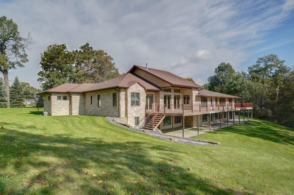 View Single-Family Home For Sale at 122 Lake Rd, Portage, WI