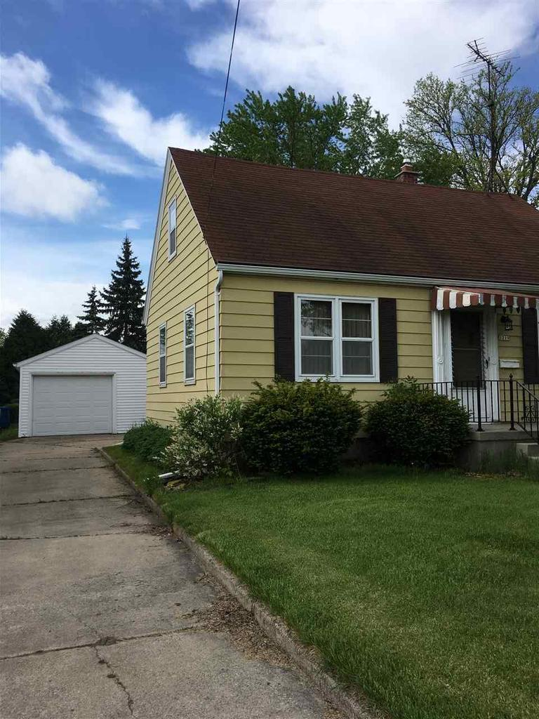 View Single-Family Home For Sale at 1219 Witzel Ave, Oshkosh, WI