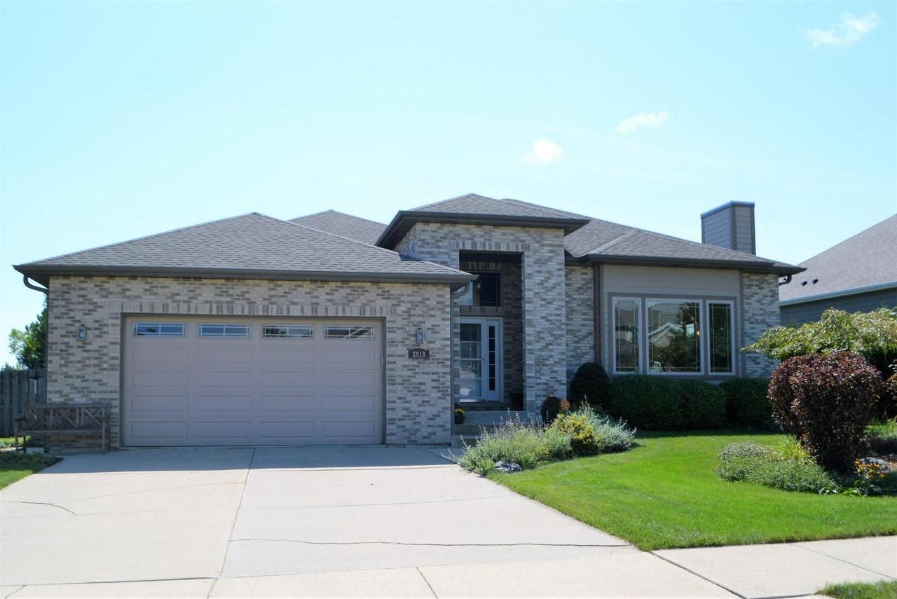 Kenosha WI Homes Under $500,000 For Sale • Realty Solutions Group