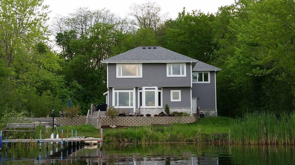 Phantom Lake Homes For Sale   Waukesha County, WI   Realty Solutions ...