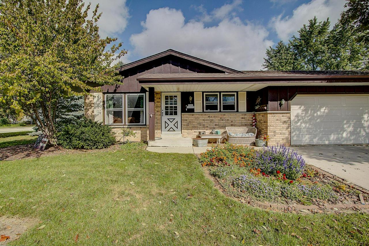 Well maintained 3 bedroom Jackson ranch! Large family room with beautiful natural fireplace.  Spacious kitchen perfect for entertaining! Finished basement has large rec room and office. Backyard has private patio. House across from huge park and near school!