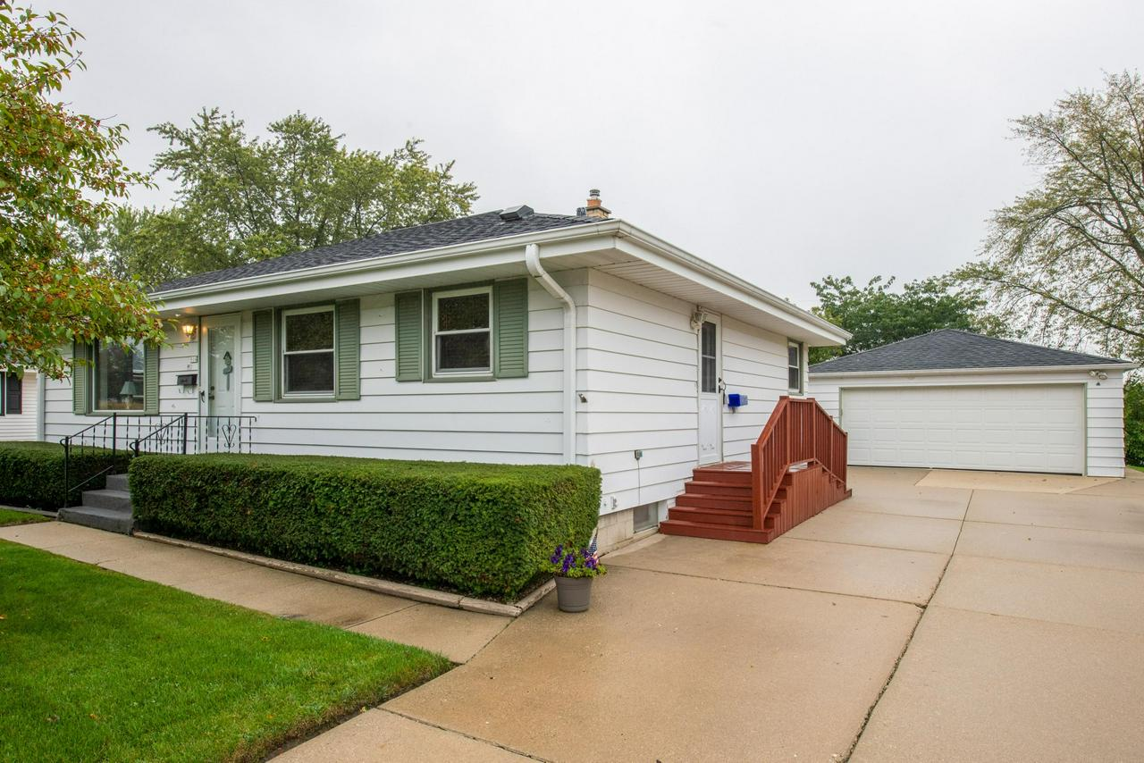 Immaculate 3 bedroom 2 bath ranch home in a quiet neighborhood has it all!  Stunning hard wood floors under carpet on first level, large living space, recreational room in basement, updated kitchen with peaceful backyard with awning.  Quality built and taken care of home in Grafton school district Call 414-702-2591 for your private showing today.