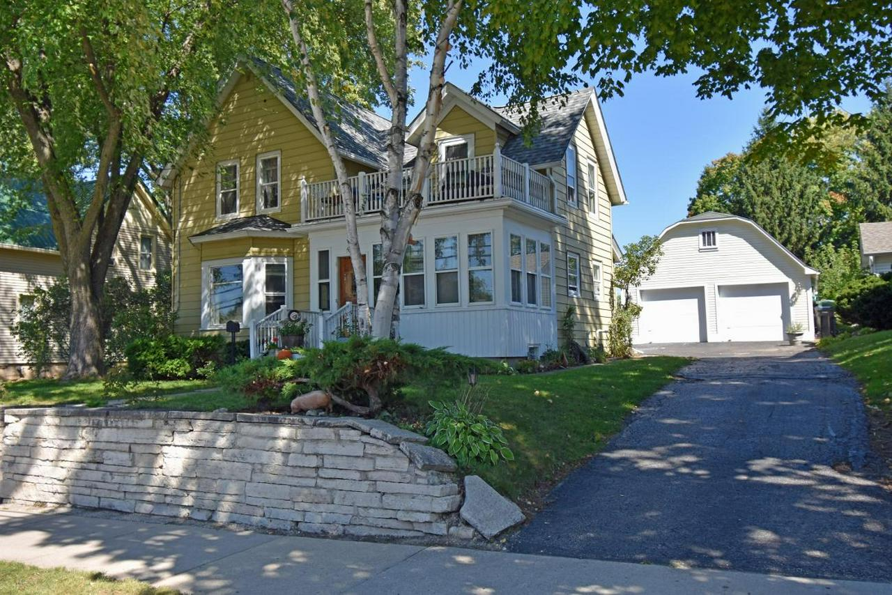 You will fall in love with this 3 bdrm/1.5 Bth/2.5 car garage w/loft. Contemporary feel in a charming Victorian.Home features HWF's,Open feel LIV/DIN/KIT,Lg bedrooms and a private park like yard w/room for entertaining, gardening or relaxing.Enclosed front porch greets you with warmth and charm.Large Eat-in KIT w/loads of cabinets & updated butcher block counters.Lg LIV Rm w/Bay window, Formal DIN Rm, Lg Master Bdrm boasts private balcony, perfect spot for sipping morning coffee.Charming Full Bth w/clawfoot tub, 2.5 car garage w/loft for storage and an attached 1 car size shed. Georgous yard w/loads of perennials, rasised garden beds & firepit. All located in a well established & desirable neighborhood. New roof Aug 2018. 1 yr home warranty. Call today, this one won't last long!