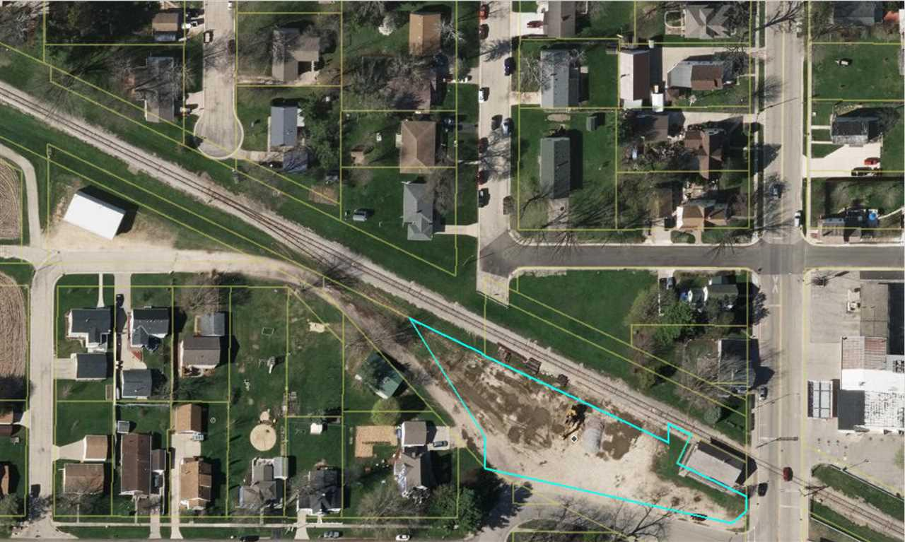 Large commercial lot on the corner of Main Street and Webb Street in Black Earth. Excellent exposure. Includes Lot 2 and Lot 4. Parcel numbers: 0806-264-8653-9 and 0806-262-9845-7.