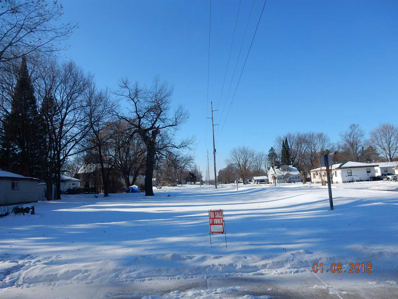 2 family residential lots fronting on Mountain Bay Trail.