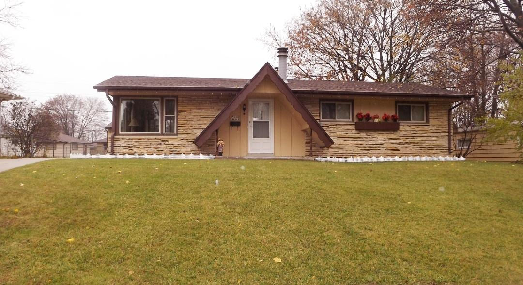 Welcome Home! This solid ranch will feel like home the moment you walk in. You will love the Natural Fireplace while sitting and relaxing in spacious living room that boasts large windows to let the sunshine in. The large master bedroom and spacious second bedroom offer plenty of storage. Lots of built in cabinets, dining area has access to the yard and patio - perfect for backyard barbeques. Private Fenced yard to enjoy. HSA Home Warranty included