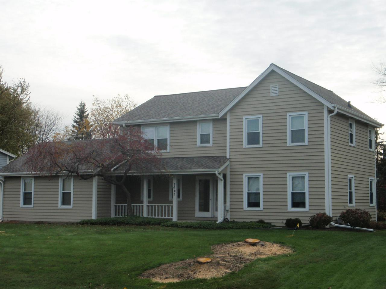 Miraculously maintained  gorgeous open concept colonial  w professionally finished Full size LL Rec room in desirable Ville Du Parc subdivision is now available at priced to sell  for one lucky family ! Brand new 30 year dimensional roof w warranty, updated windows & patio doors, Hard wood floors on main level,Newer water heater, garage door opener,  & garage door. Professionally finished HUGE lower level Rec room w second fireplace & full bath PLUS extra office room. 3 bed room & over sized DEN/living room on main level can easily converted to extra bedroom if needed. Family room w cathedral ceiling & stone fireplace , opens to formal dining rm & dinette  next to custom designed patio w accent lighting.Professionally landscaped.Freshly painted and nicely updated throughout. HURRY!!!