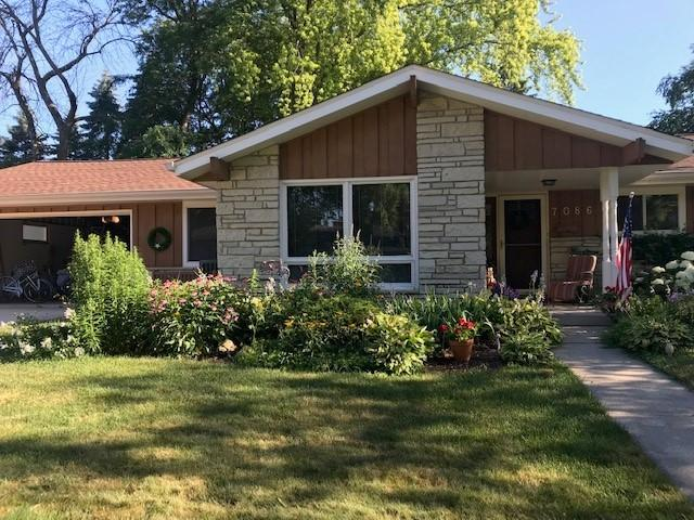 Excellent location for this  exposed ranch in sought after Maple Manor subdivision. Main floor boasts large dinette off the efficient galley kitchen with dinette. Main floor family room with fireplace. Formal dining and living rooms. Lower level has walk-out door to patio , Additional family room, computer area, 2 more bedrooms , bathroom and lots of storage. 2 zoned heating and air.Lots of outdoor space with 2 patios on park-like yard   WOW!!!!