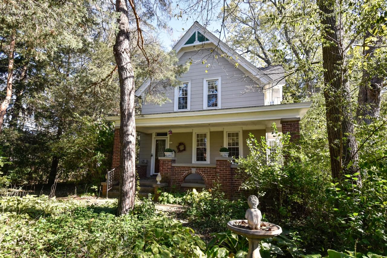 The charm and elegance of the Victorian era can be yours in this wonderful home! On the market for the first time in over 30 years, it is looking for its next caretaker. The home features so much original character with its wide moldings, wood floors, ornate radiators , pantry and antique lighting. The open floorplan is spacious and offers many possibilities. The master bedroom is bright and has a large walk-in closet. Windows have been replaced throughout. This home has 'great bones' and with just a bit imagination and sweat equity, this home can be brought back to its glory to be loved for years to come.