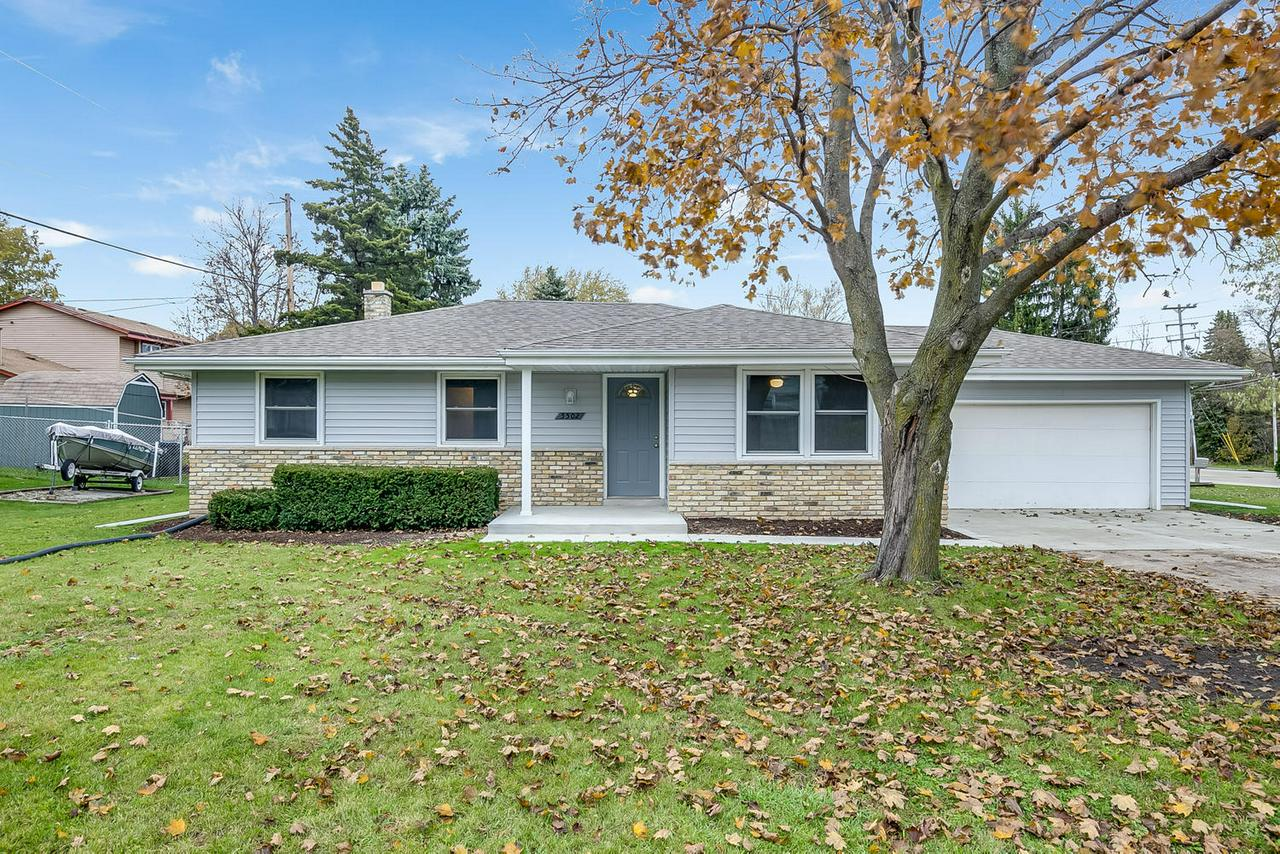 Be prepared to be impressed by this beautifully updated 3 bedroom ranch located in desirable Carriage Hills subdivision and Gifford School District. You will fall in love in the kitchen with new soft close cabinets, granite counter tops, and back-splash. Spacious living room and dining room perfect for entertaining. Completely remodeled bathrooms, all new flooring & carpet throughout the entire home, new interior doors, new light fixtures, freshly painted, and much much more !