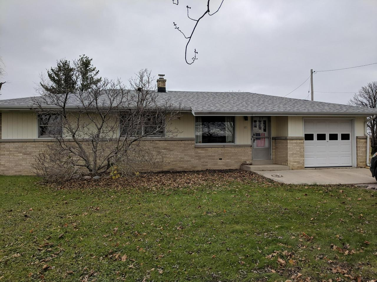 Town of Raymond 3 BR 1 BA ''1959'' ranch being sold by the original owner on 1 1/2 acres. 1/1/2 car attached garage and a separate 30 X 24 detached garage with cement floor. Basement has partially  finished rec room.  Great well cared for starter home on a quiet country road. Great Schools!