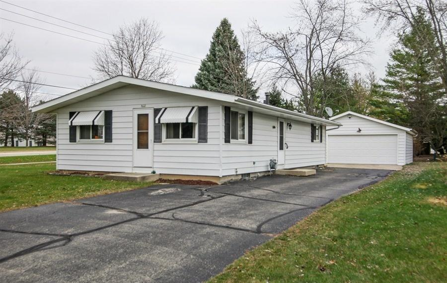 STEP SAVING RANCH IN THE HEART OF KEWASKUM. 3 NICED SIZED BEDROOMS AND REMODELED BATH IN 2018.  LARGE LIVING ROOM WITH CATHEDRAL CEILING WHICH OPENS UP TO KTICHEN WITH NEW FLOOR AND 2017 APPLIANCES. FULL BASEMENT READY FOR YOUR REC ROOM AND ALSO FEATURES A 1/4 BATH.  NICE SIZED LOT AND A HUGE 2.5 CAR DETACHED GARAGE WITH NEWER ROOF.(2016). MAINT. FREE EXTERIOR. PRICED TO SELL!