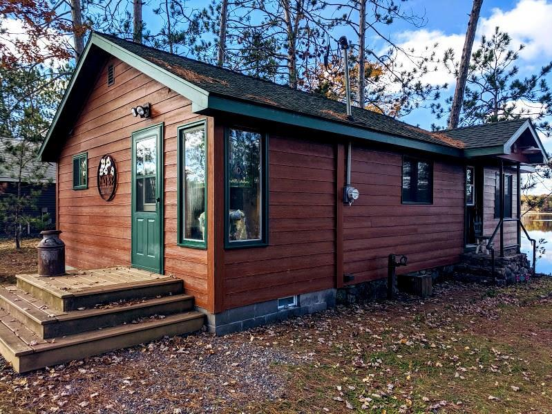 Crystal clear Pulaski Lake offers this 1BR-1bath cozy creation just ft off its sandy shores. This phenomenal Up-North year round waterfront retreat is absolutely stunning, sitting only a few ft from the water?s edge, home offers great views, beautiful woodwork, gas fire place, & many new updates. Roof, facia & Soffit ? 2008, windows ? 2009, septic ? 2010. Lake & surrounding area offers something for everyone, great fishing, swimming, atv & snowmobile trails, plus many great places to dine in.