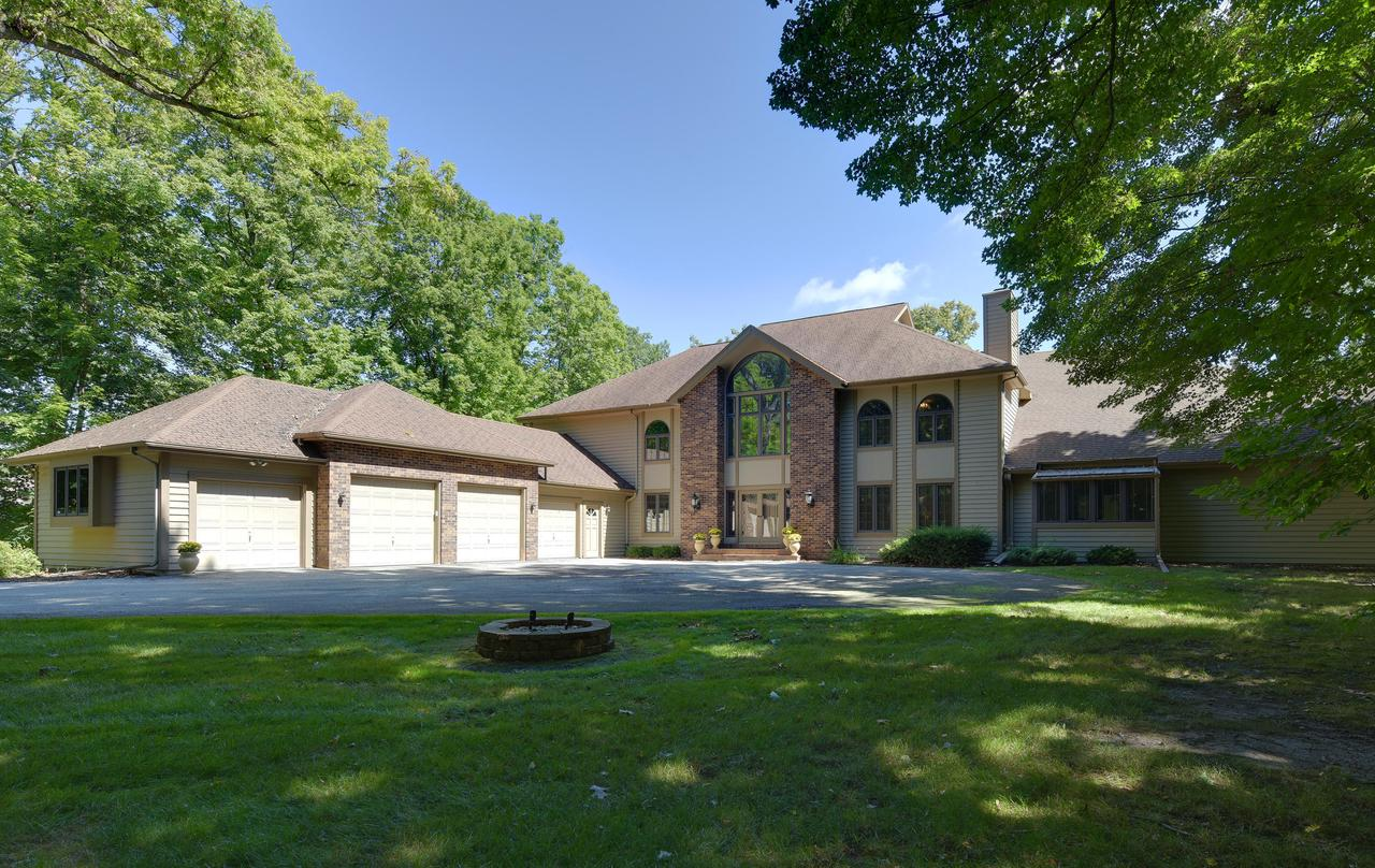 4580 N Hewitts Point Rd ROAD, OCONOMOWOC LAKE, WI 53066