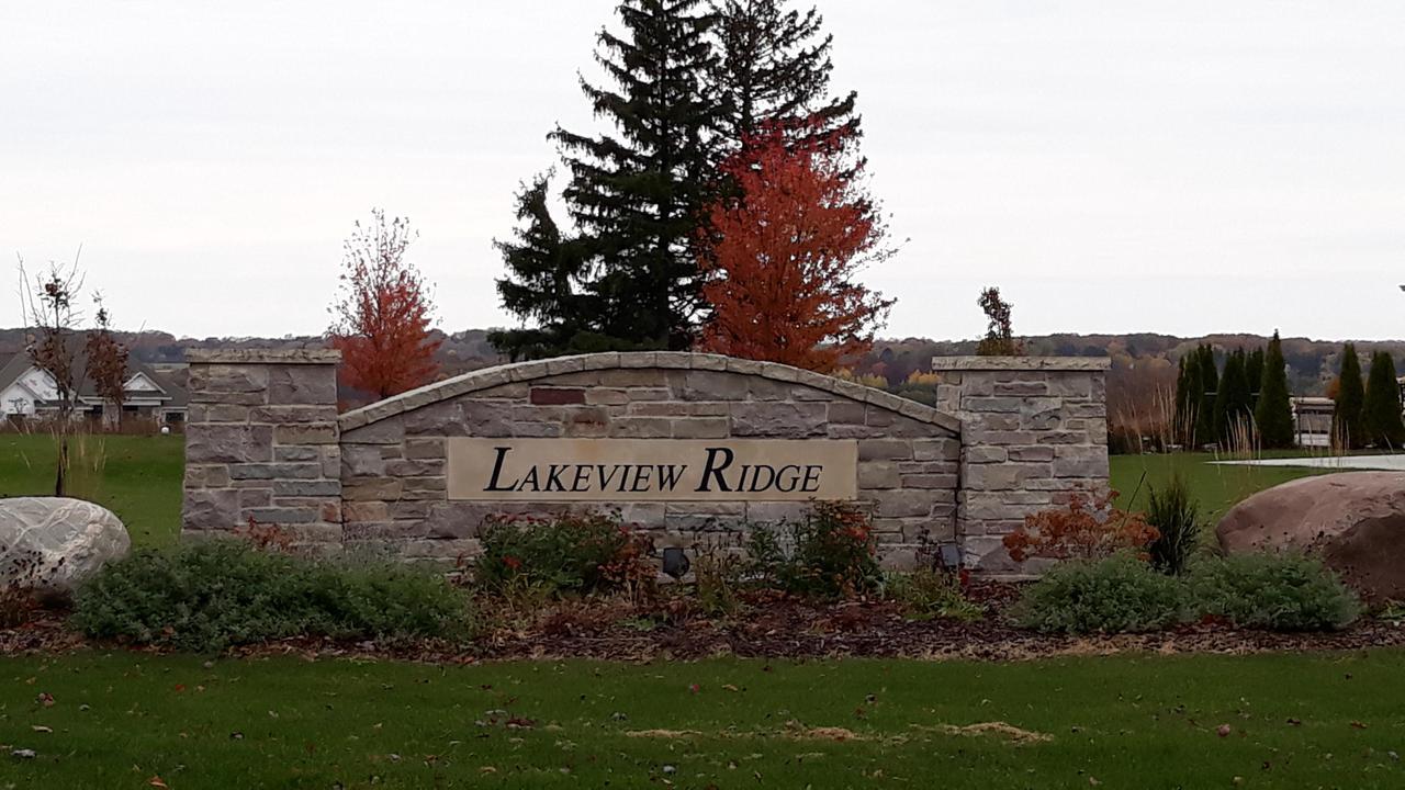 724 Lakeview Ridge Ln LANE Lt9, RICHFIELD, WI 53017