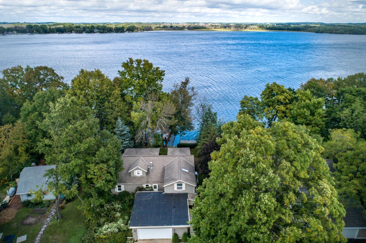 5938 Eagle Point Rd ROAD, HARTFORD, WI 53027