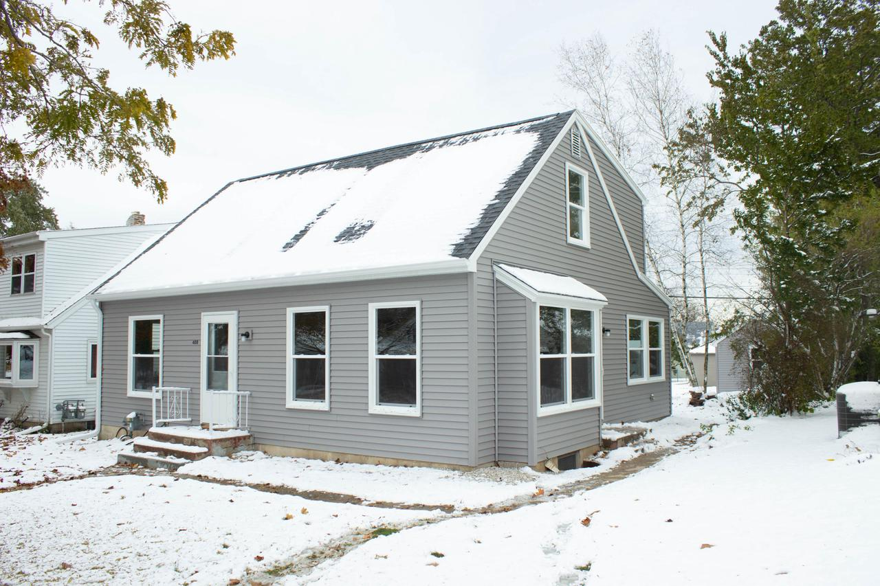 3 Bed 1 Bath fully remodeled cape cod. This single family is in a great location just a stones throw away from downtown Port Washington.  Exterior updates include all new: Vinyl siding, roof, soffit/fascia, windows, doors (house and roof). Interior updates include all new: kitchen cabinets, flooring, LED lights, bathroom tile, shower, sink, flooring, and carpet! The ideas are endless with the large master suite on the upper level. No need to worry about any updates, or yard work. This home is one of a kind!