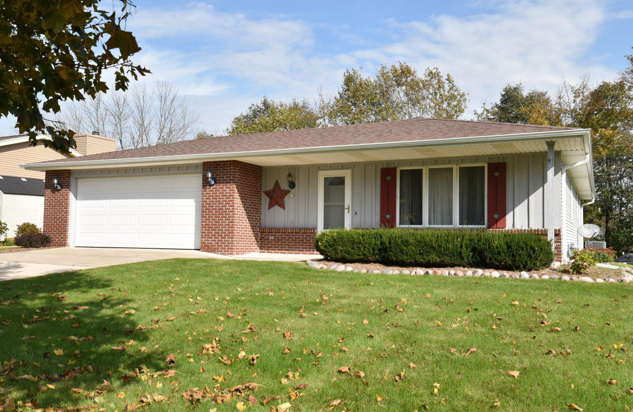 Village of Grafton Ranch, located close to amenities. Enjoy the nice sized eat-in kitchen with newer stainless steel appliances ('17) and patio doors to side patio. Spacious and bright living room offers great space for entertaining or simply relaxing. Master bedroom provides nice closet space and full bath with shower. Second full bath offers additional storage closet for excess items. Lower level is unfinished but offers many possibilities plus patio doors to nice back yard, bordering creek. Some updates include roof 2-5 yrs, furnace & A/C 10-11yrs, patio & front door 6-7 yrs. One year home warranty included.
