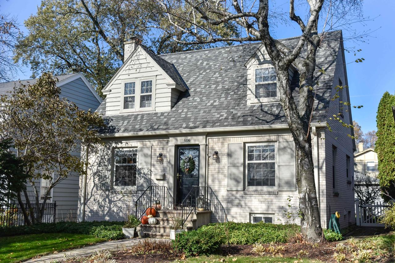 606 E Beaumont Ave AVENUE, WHITEFISH BAY, WI 53217