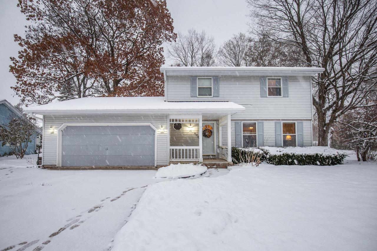 This 3 bedroom, 1.5 bath classic home is perfect for hosting parties-with a large eat-in kitchen boasts BRAND NEW top-of-the-line appliances.Kitchen opens up into a sunken family room with natural fireplace and brick mantle.  Off of the family room is access to the partially finished basement and expansive corner lot with deck.  The yard is perfect for throwing the football and backyard bbq's when the weather warms.  A formal dining area and living room also sit off of the kitchen.  Upstairs you will find three large bedrooms and a full bath with jetted tub-a perfect spot to hibernate through a cold Wisconsin winter.  Come cozy up in this Fredonia classic.  *only a job transfer makes this home available*