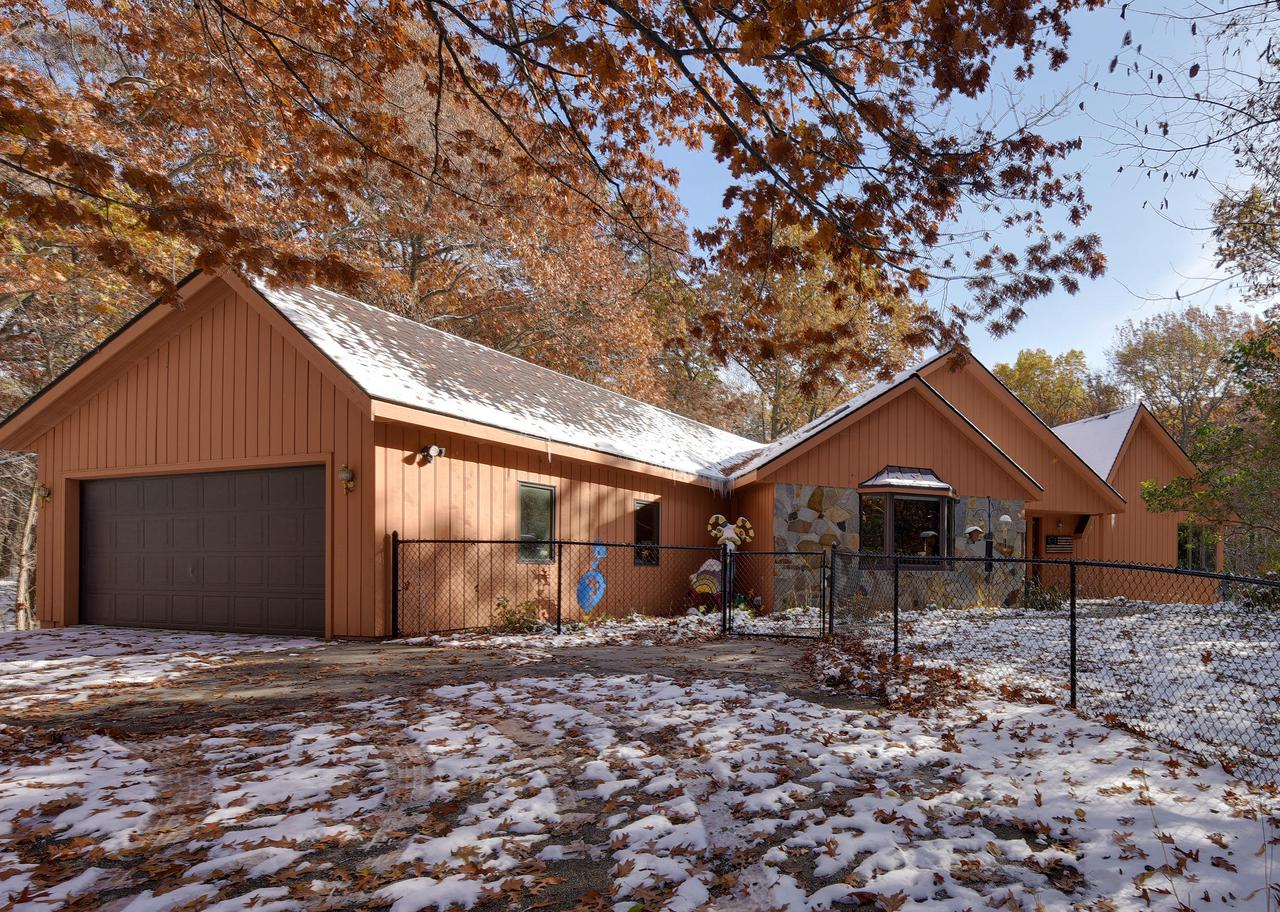 W345S4030 Virgin Forest Dr DRIVE, OTTAWA, WI 53118