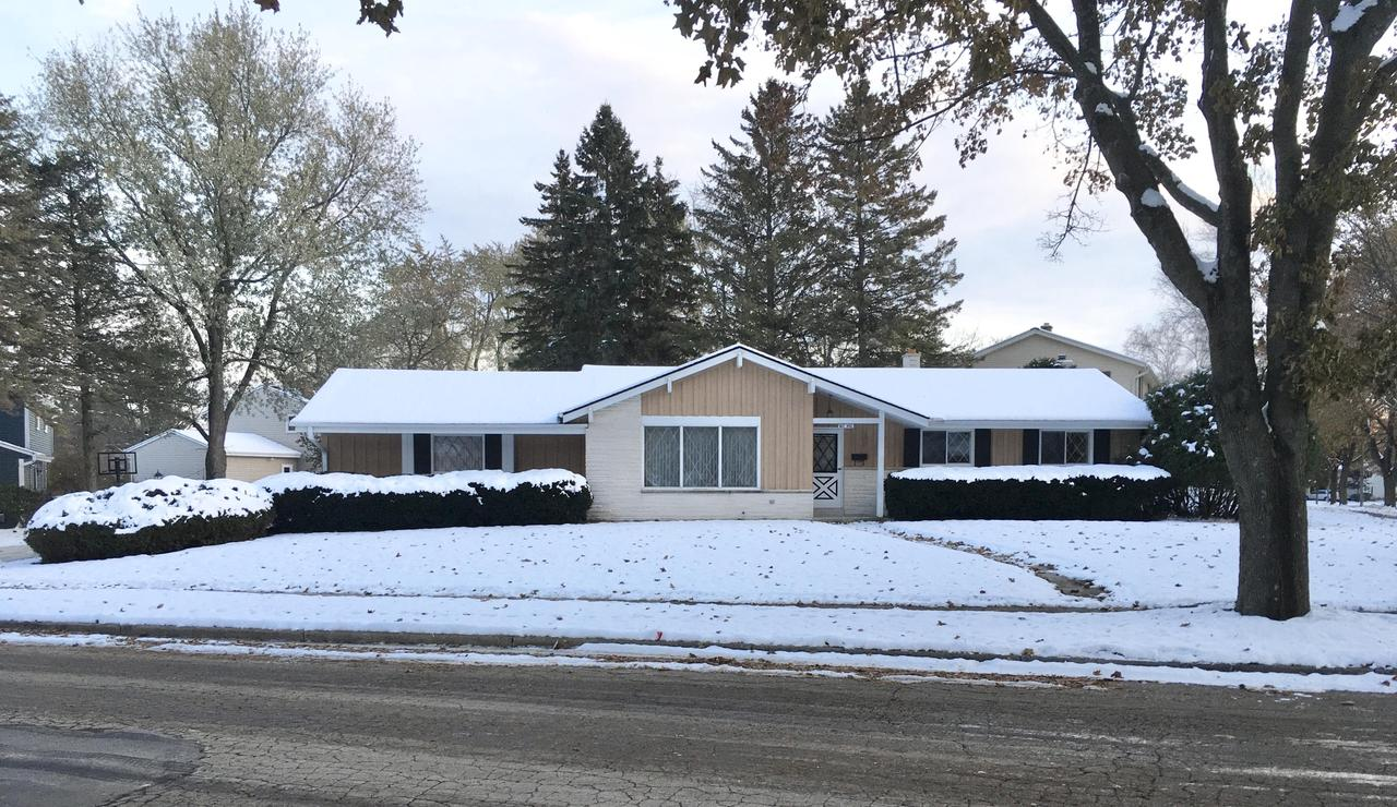 This well maintained ranch in Cedarburg has been lived in and loved by its original owners for over 50 years. You too will love the three bedrooms, one and a half bathrooms, two car attached garage, lower level family room with gas fireplace and full size windows and lower level rec room with bar. A few more things you will love include the amazing location close to downtown Cedarburg, hardwood floors in bedrooms, and the one quarter acre lot. Bring your decorating ideas and make this home yours before the holidays.