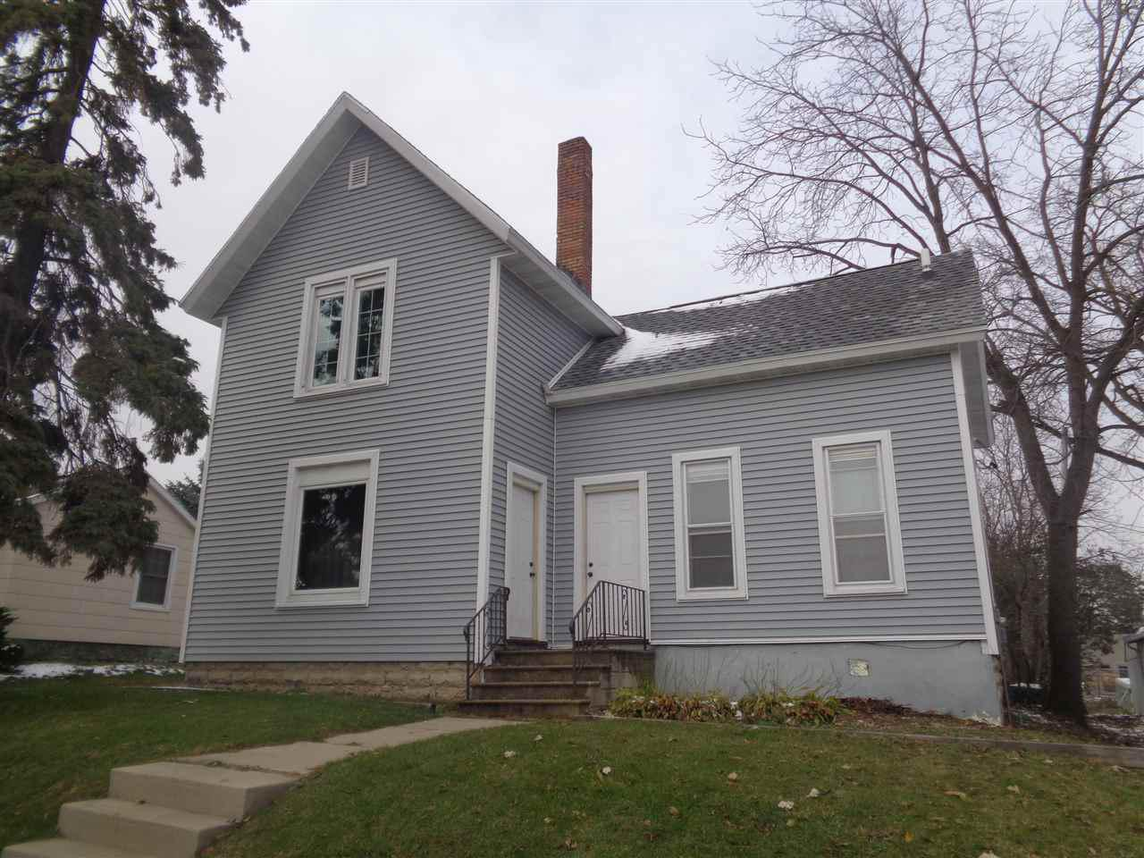 103 W State St STREET, FOX LAKE, WI 53933