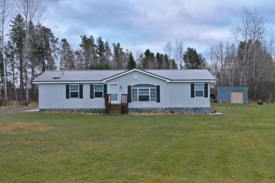 Badger built 3 bdrm, 2 bath ranch home on .67 acre Chelsea lot. Home features a master suite with bath & walk in closet. Patio door from dining area to backyard deck.,Utilities- LP forced air furnace, drilled well, municipal sewer, 100 AMP elec. entrance, & vinyl siding.