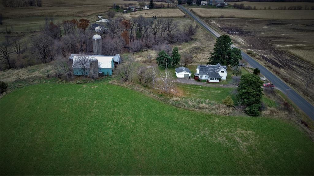 Own a Piece of Country! 38.91 acres Beautiful views, Home with 5 bedrooms plenty of room to grow. Original hard wood floors. Barn and out building with chicken coop. New Septic in 2017, Fiber optics available through lake land.Opportunity for that farm loving feeling at a great price!