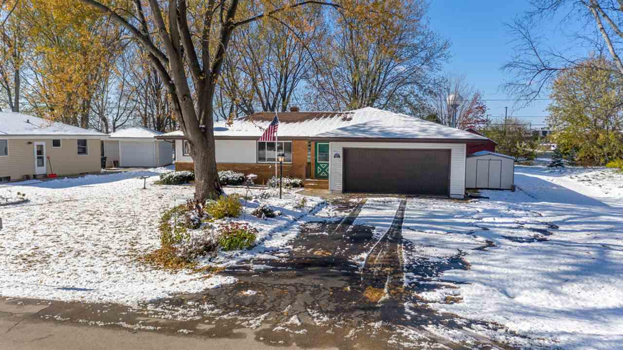 Awesome 3-bedroom, 1.5-bath ranch w/ attached 2-car garage! This home features a spacious sun room heated by a gas stove, eat-in kitchen w/updated granite counter tops, 1st floor laundry, master bedroom w/ walk-in closet, updated windows throughout, partially finished LL w/ bar, and more!