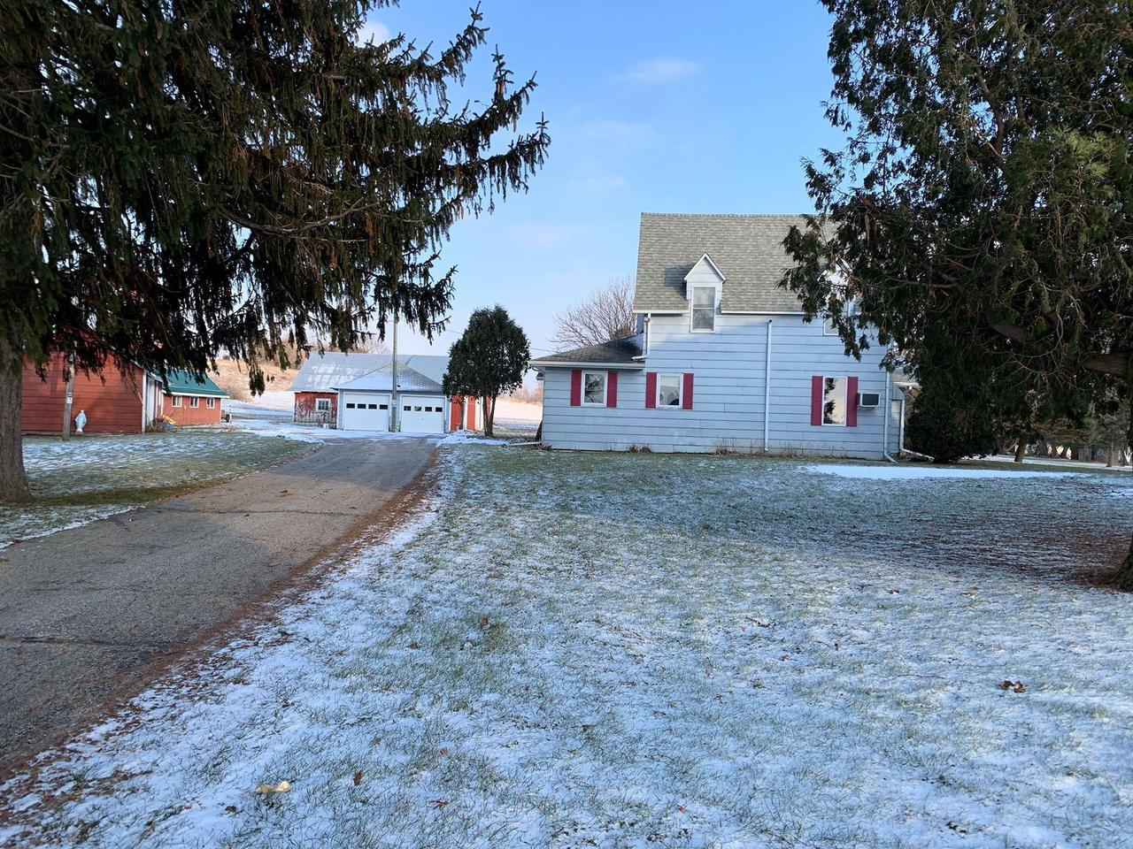 Hard to find hobby farm that has it all, located on 34.630 acres 15 minutes from Viroqua. Hunting land, pasture, land for cash crop, beautiful yard w/shade tree. Buildings include 30x50 barn with box stalls, 14x22 shop or poultry house, tobacco shed & 16x28 machine shed, 20x24 2 car detached garage.House is spacious w/main floor master bedroom & bath, tons of storage, large kitchen with counter space, familyroom, livingroom & mud room area w/possibility for main floor laundry. Exterior has 2 decks off house. Upper has walk-through area that could be used for family room/office, 2 good sized bedrooms with walk in closets.