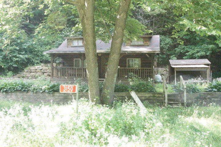 3150 Hunter Hollow Rd ROAD, DODGEVILLE, WI 53533