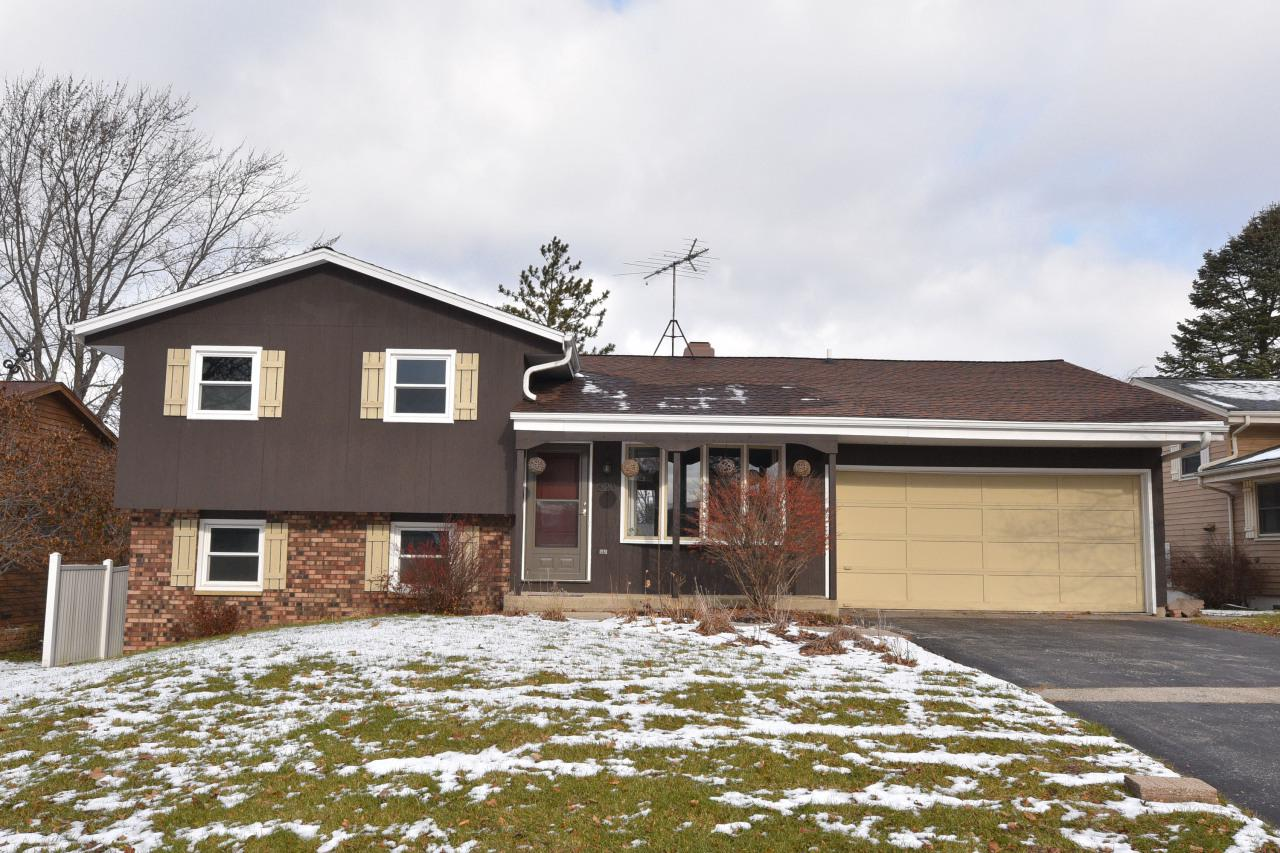All the updates you want have already been done, all that's left is for you to move in and enjoy for the New Year!  Newer windows, siding, electrical panel, and updated baths with beautiful tile work.  Laminate wood floors.  Newer furnace, central air and water heater 2018.  Custom brick paver patio area and fire pit in fenced in backyard.  Slider patio doors off both the eat in kitchen to deck and also the lower level family room out to patio.  Shed for extra storage.  Stainless steel kitchen appliances and updated lighting fixtures.  Walking distance to schools and parks.  Quick access to bypass.