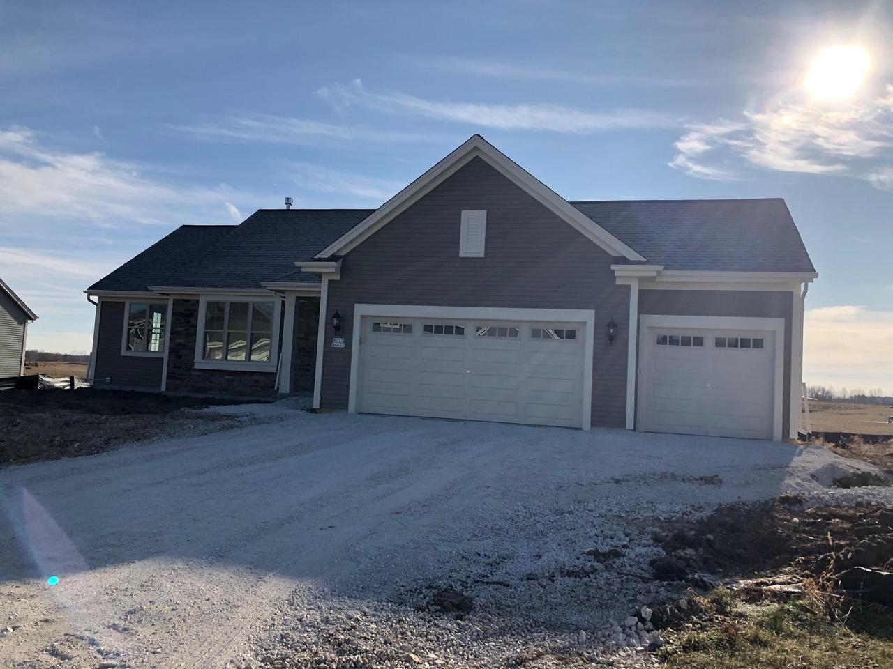 Welcome home to this brand new exciting plan the Rylee 1811 sqft ranch. Huge great room with 10' cofferred ceiling Split bedrooms, huge laundy/mud room and 2 full baths!  Upgrades galore! Egress window in the basement offers more usable future footage.