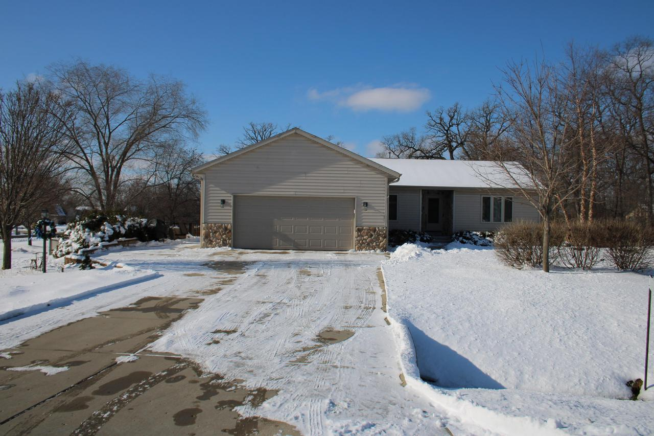 Amazing split style ranch in Muskego School Dist.  Master has walk through closet and private full bath.  Vaulted ceiling living room is open to the eat in kitchen with pantry and lots of cabinet space.  Two additional bedrooms are down a separate hallway with their own full large full bath.  Laundry is on the 1st floor off the 2.5 attached garage.  Extra large finished lower level with additional storage space.  Water softener and iron curtain were in 2016. Roof 2015