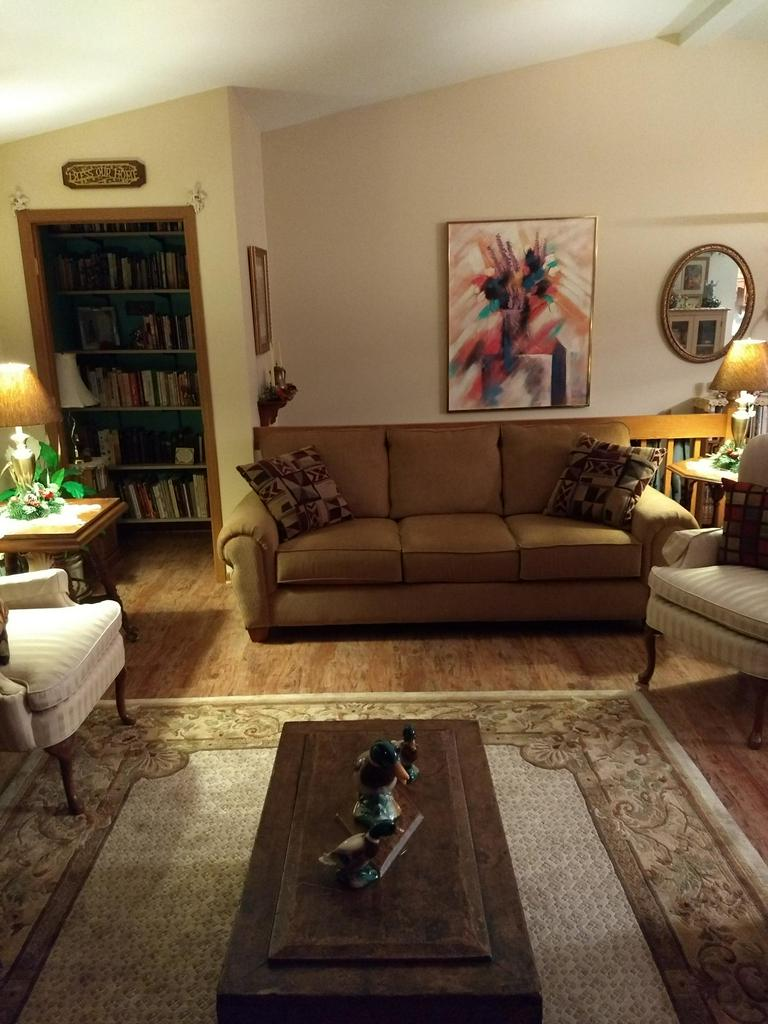 Great open concept 2BR 2BA upper unit with high vaulted ceilings. Living room centers around the natural fireplace with access to the private balcony. Kitchen/dining area is open to the living room with plenty of cabinet space. Large master bedroom has private bath w/dual closets, second bedroom has dual closets. In unit laundry, pantry and plenty of storage space. Low condo dues! Ideal location that is close to parks, restaurants, shopping and more!