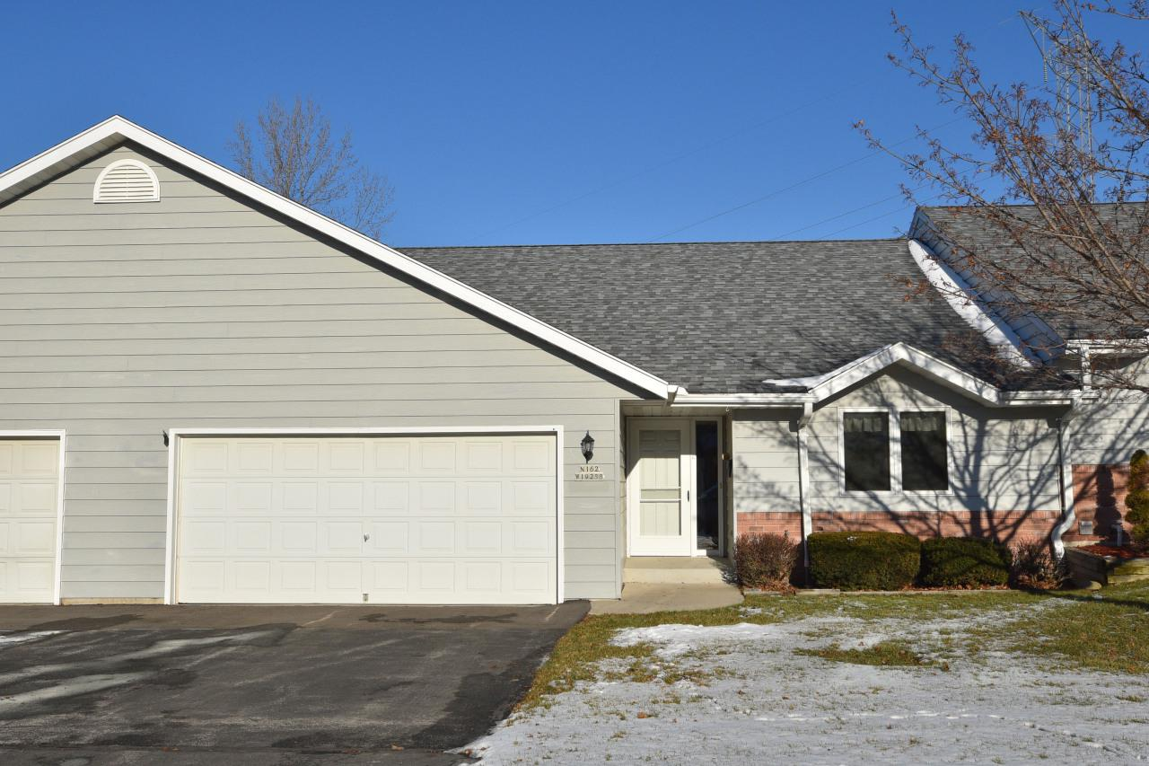 Do not wait on this wonderful ranch side x side style condo in Jackson. Some of the highlights include an open concept floor plan, vaulted ceilings, breakfast bar, large master suite with walk-in closet, private deck, and a clean open basement. All appliances included. HSA home warranty included for your peace of mind. Call today for your private showing!