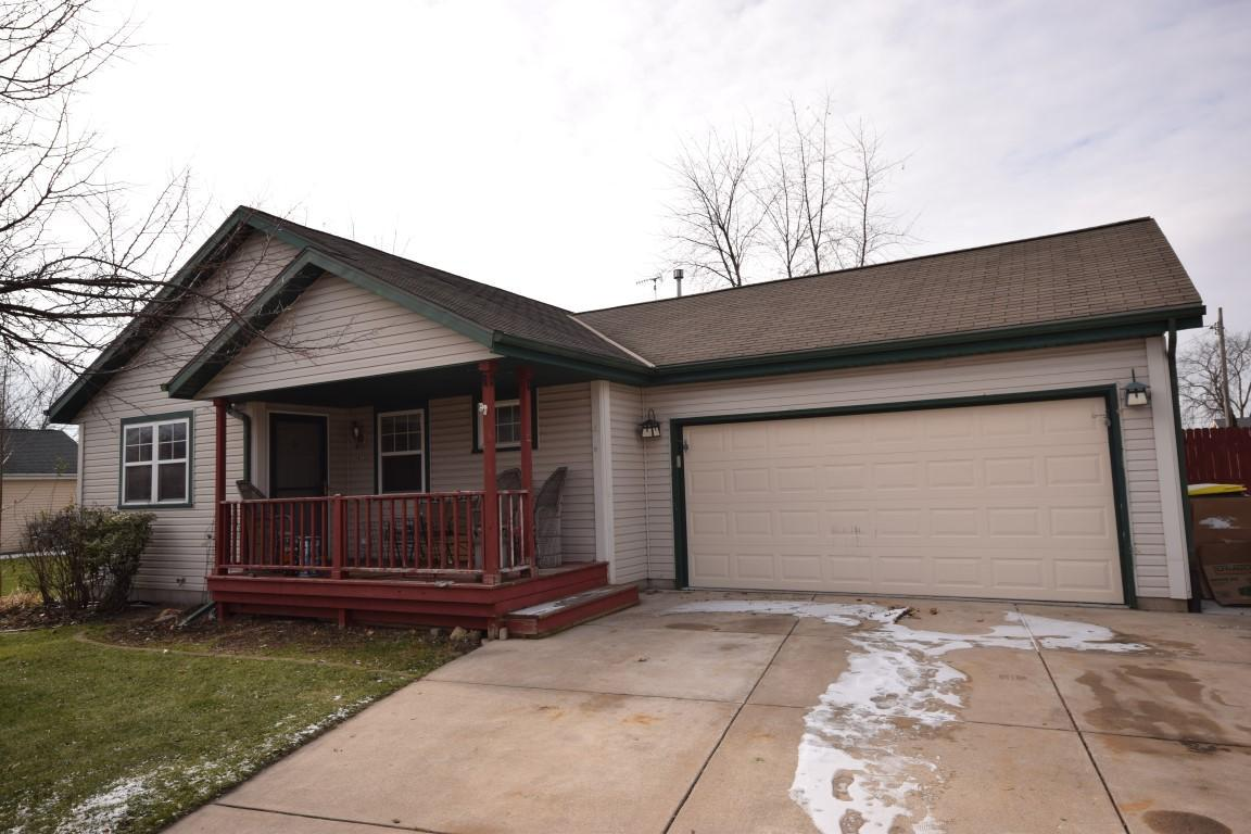 Come see this open concept 4 BR, 2 BA ranch home with fenced in backyard with storage shed and patio.  Features include Huge lower level with rec room with gas fireplace, office, 4th bedroom with egress window, and full bath.  Living room with 2 big skylights allowing for a lot of natural light.  Nice sized bedrooms throughout.  Located on a quiet cul de sac close to schools. $5000 FLOORING AND PAINT ALLOWANCE AT CLOSING  Call today!